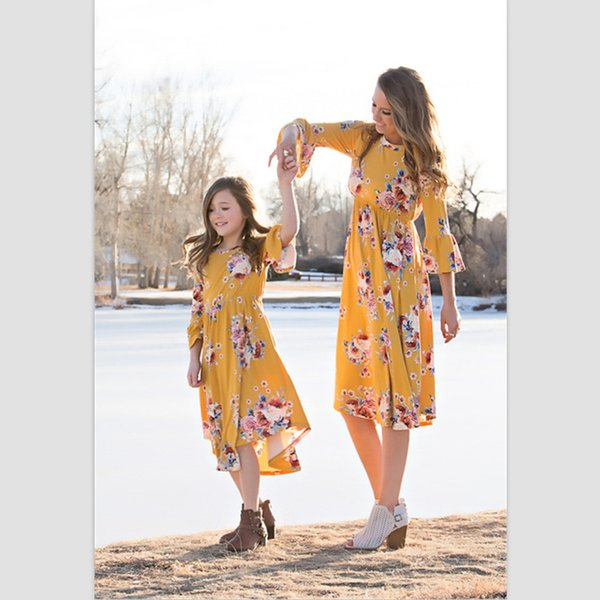 Mother And Daughter clothes family matching Beach dresses girl Flower printed skirt baby Outfit girls Summer Children fashion QZZW115