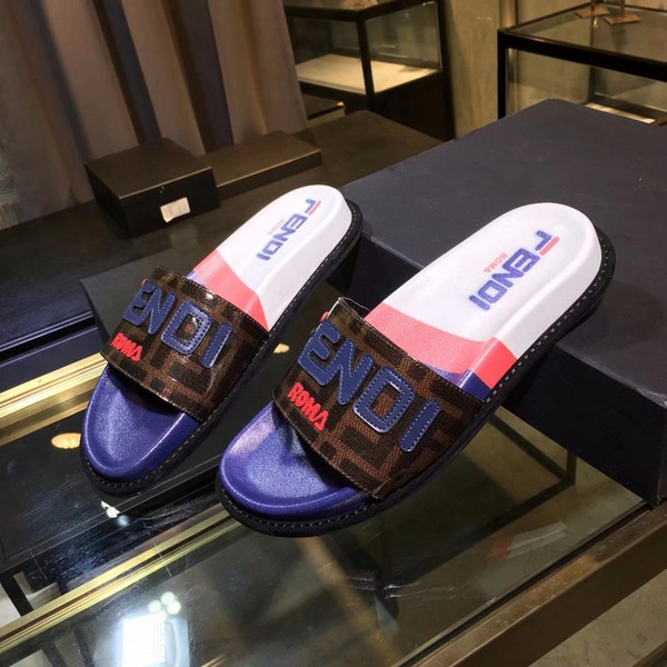Hommes Femmes Sandales Designers Chaussures Luxueux Slide Summer Mode Large Plat Sandales Glissantes Pantoufle Flip Flop taille 35-46