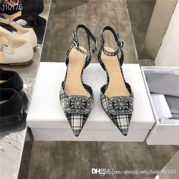 Lady moda sandálias apontou salto alto altos, enfeites de metal quadrados, sandálias de salto médio finas, altura do salto 4,5 cm, conjunto completo de caixa de sapato