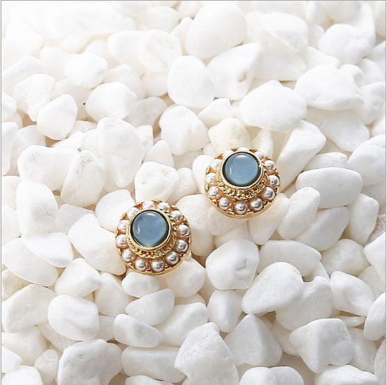Women Classic design Jewelry stud back clip screw French pearly eye stone 925 silver needle earrings Hot Accessories Gift