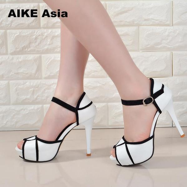 Sapatos de Verão Fivela Oco das Mulheres Europeus e Americanos Luta Cor Boca De Peixe Fino Com Salto Alto Jovem Diário # A6619