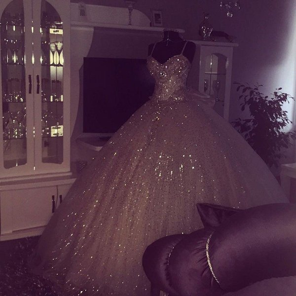 Bling Bling Ball Gown Wedding Dresses Spaghetti Straps Floor Length Lace Up Wedding Dresses Bridal Gowns Robe De Mariage DB008