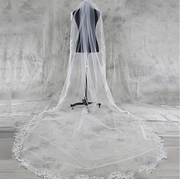 Top Qualität Auf Lager Meistverkaufte Luxus Erstaunlich Eine Schicht Spitze Applique Rand Brautschleier Elfenbein Weiß Kathedrale Länge Legierung Kamm