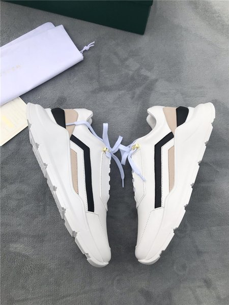Hot Sale-The latest 2019 mans sports shoes, Exclusively recommends men outdoor travel leisure sports TPU platform shoes