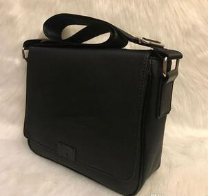 NEW High Quality F1 Messenger Bag Shoulder Bag Mini fashion Briefcases women star favorite perfect small package Cross Body SIZE 27CM #258G