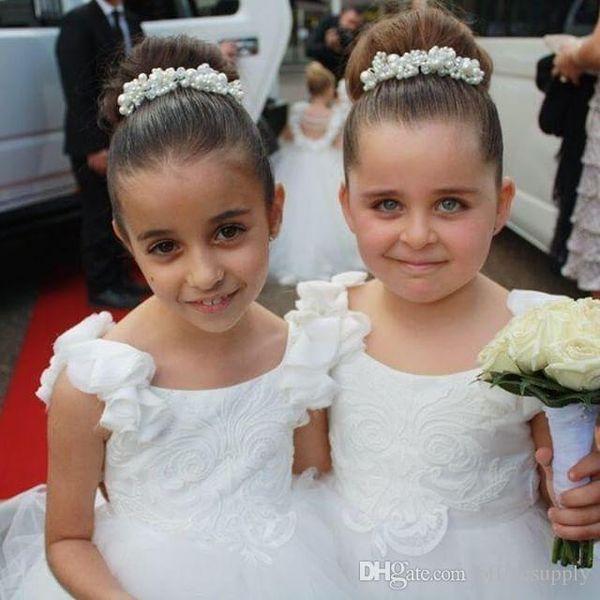Reizende weißer Tüll Blumenmädchenkleider Prinzessin Flower Ärmel Backless einer Linie Prinzessin Long Mädchen Kommunion-Geburtstags-Party-Kleid
