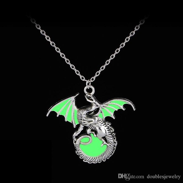 Creative ideas European and American new style noctilucan Necklace flying dragon zinc alloy drop oil craft pendant jewelry manufacturer wh