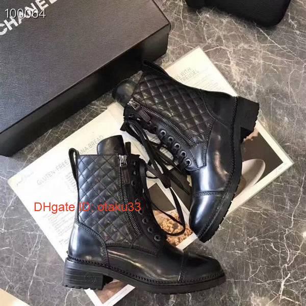 2019 Hot! Femme Coûteux bottes courtes Styliste femme court Bottes Femme de loisirs Chaussures Boot femmes Livraison gratuite Bottes en cuir