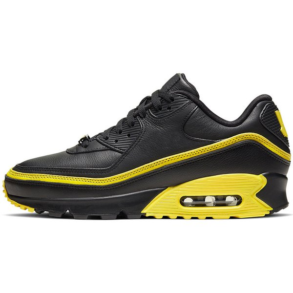 UNDEFEATED Black Yellow