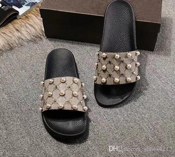 2018 Zapatillas de hombre Zapatillas de goma de espuma de vacío de lujo de hombre Zapatos de diseñador de lujo Zapatillas de camuflaje Tamaño 35-40