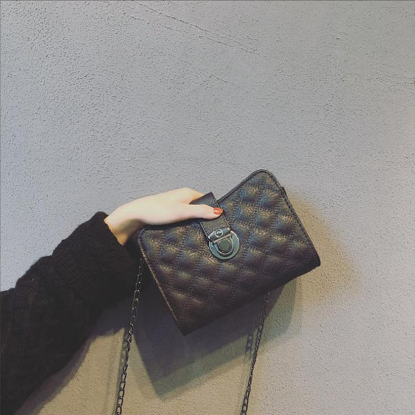 Wholesale designer brand ladys handbag shoulder bag cross-body metal chain strap genuine cobblestone leather lined polyester B103216D