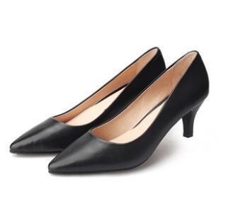 Chaussures de créateurs de mode pour femmes de luxe rouge bas en cuir bout pointu chaussures plates chaussures habillées A2
