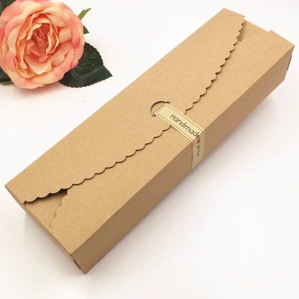 20pcs / lot Kraft cadeau boîtes papier bonbons faits à la main / boîte d'emballage de chocolat stockage blanc stockage Diy boîtes de gâteau de faveur de mariage 23 * 7 * 4 cm