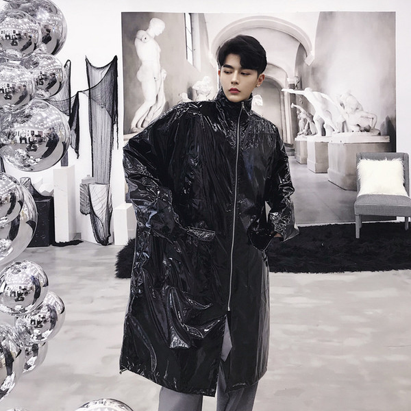 2019 Autumn Designer's personality Bright Silver Broad-Edition Cap Cloak windbreaker Trendy Mens long Outerwear Stage costumes