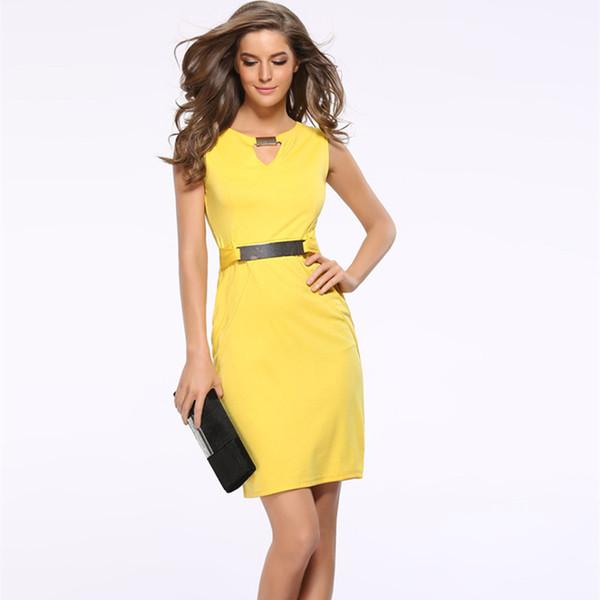 Abito estivo donna 2018 New Fashion Hollow Out Abito a tubino senza maniche Lunghezza al ginocchio Donna Abiti casual Giallo Rosso Blu Nero MX19070305