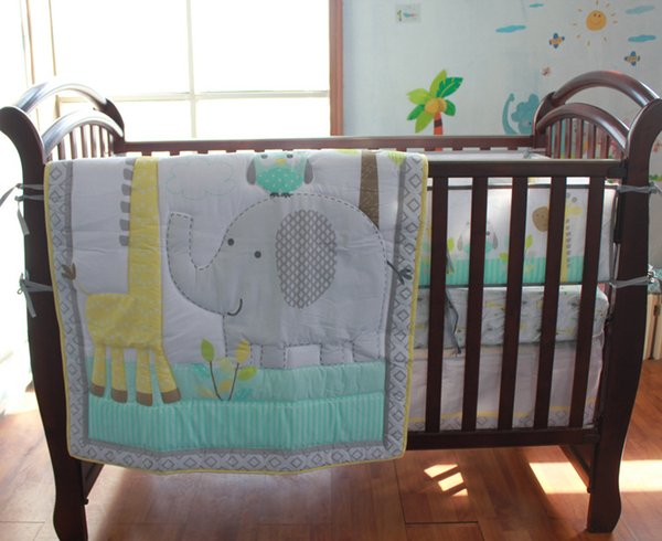 Wholesale Baby bedding set 7Pcs Crib bumper set cotton Cot bedding set Embroidery owl elephant giraffe Bumper Skirt Mattress Cover