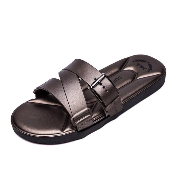 Outdoor Sandals Mens Slippers Personnalité Marée Deux Utiliser Beach Shoes Drag Plus Size YIWEI6607 Hommes FAshion Chaussure Hommes Chaussures en ligne