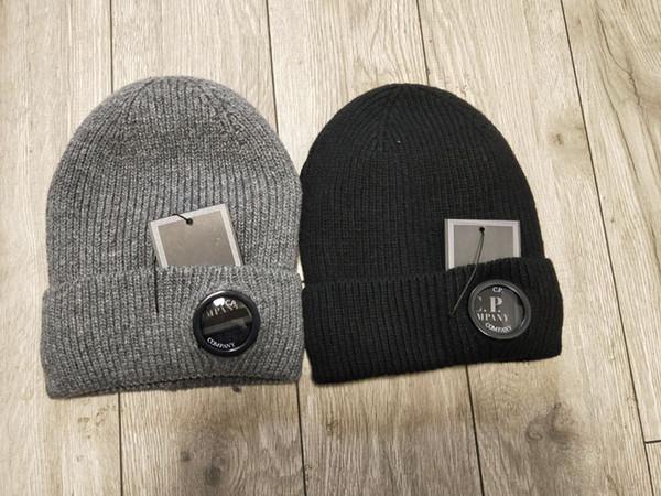 2 colores CP COMPANY gorritas tejidas hombres otoño invierno de punto grueso cráneo gorras deportes al aire libre sombreros negro gris