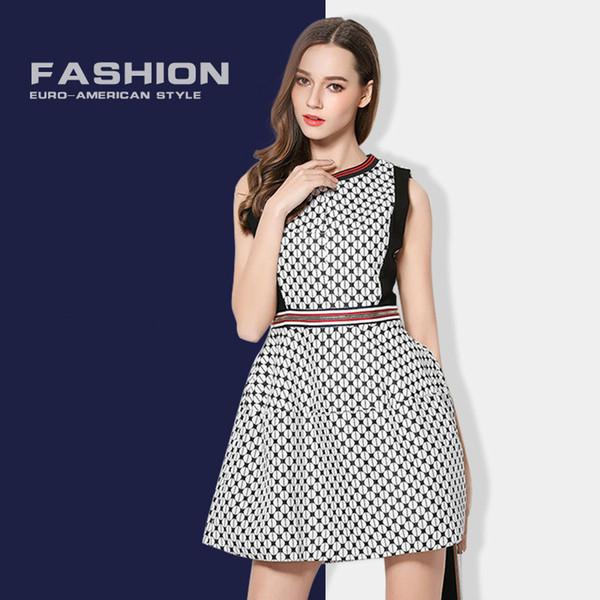 2019 primavera nuevo vestido de las mujeres cuello redondo jacquard commer temperamento falda Europa y América vestido corto vestido de las mujeres