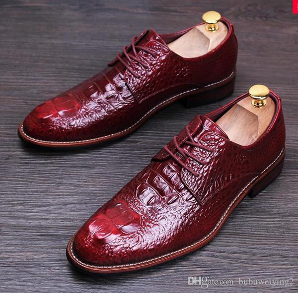 TOP dos homens de couro genuíno Shoes Men Champagne couro Brogues ouro sapatos formais vestido estilo britânico casamento oxford sapatos para homens nx21.