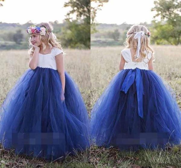 Bonito Princesa Branco Azul Marinho Flor Meninas Vestidos de Manga Comprida Manga Comprida Puffy vestido de Baile Meninas Vestidos Pageant 2019 Primeira Comunhão Vestidos