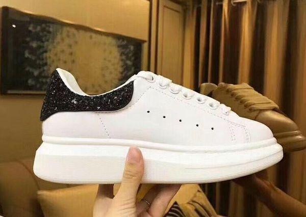 2018 Frauen der neuen Männer Art und Weise Luxus Weiß LeatherBreathable Sneakers Flache beiläufige Schuh-Dame Black Pink Gold Frauen Weiße Turnschuhe 36-44