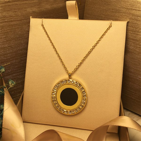 Hot Fashion Design Link Chain Necklaces New Luxury Rotate Circle Pendant Necklaces Women Golden Silver Rose Fine Jewelry Lover Gift