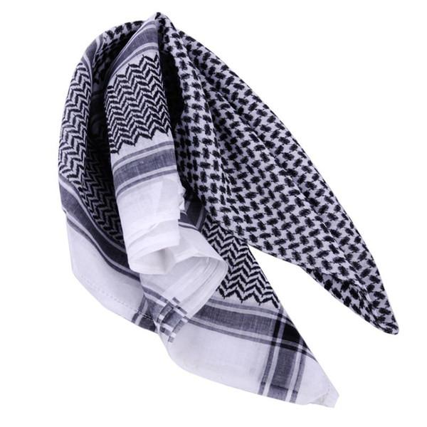 Un pañuelo negro