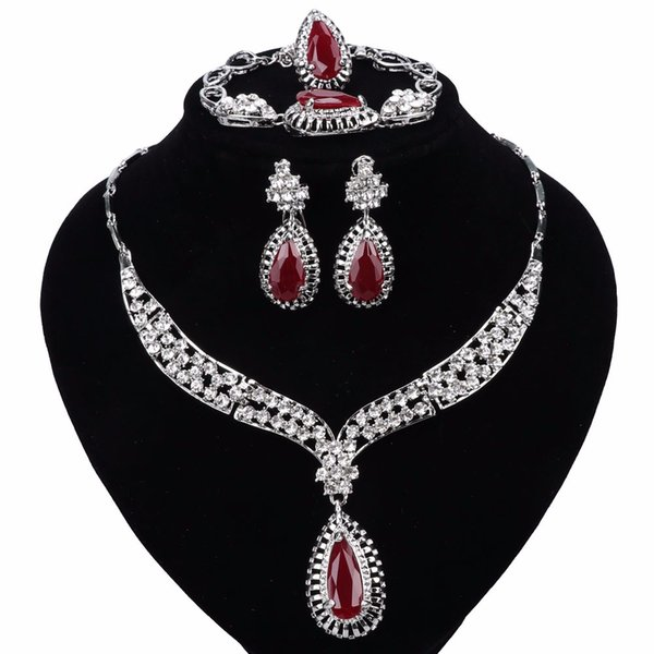 Africa Hot Wedding Jewelry Set Crystal Zircon Necklace Earrings Bracelet Ring Silver Plated Noble Clothing Accessories 3 Colors