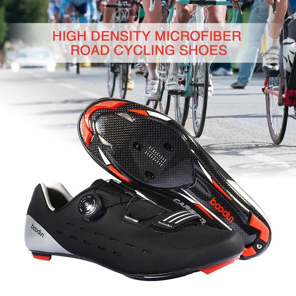 Ultraleichte Carbon Fahrradschuhe Atmungsaktiv Rennrad Selbstsichernde Fahrradschuhe Athletic Triathlon Racing Sneakers
