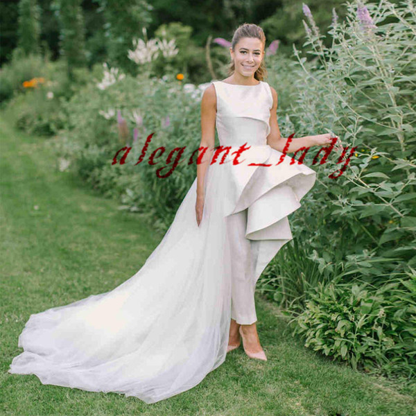 Designer Stain Country Wedding Jumpsuit with Detachable Train 2019 Jewel Neck Ruffles Peplum High Low Bridal Reception Wedding Gown