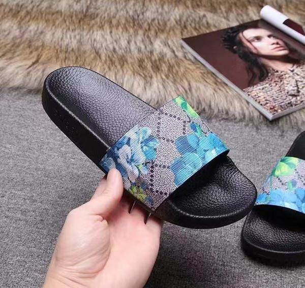 Terlik Sandalet Kaydırak En İyi Kalite Sandalet Tasarımcı Ayakkabı Terlik Adam İçin Huaraches Terlikler Loafer'lar / Kadın Size: 35-45