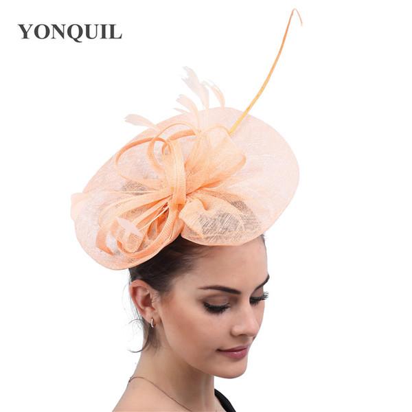 Dames élégantes cheveux fascinator chapeaux couleur champagne sur pinces à cheveux femmes fantaisie plume accessoires course de race chapeaux