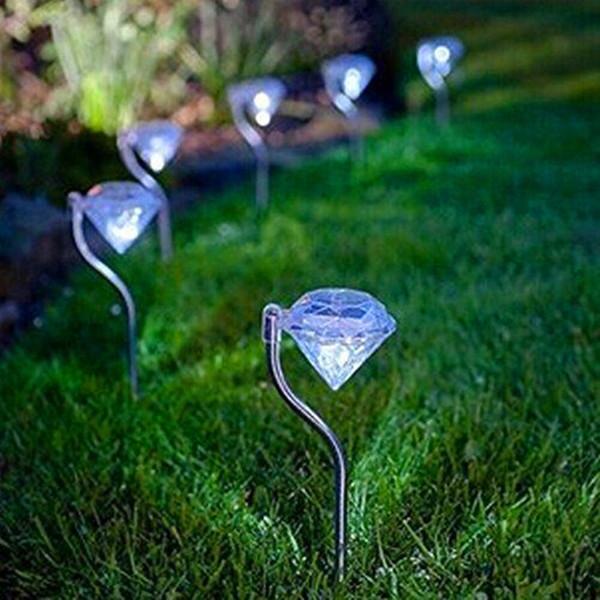 4 Pcs LED Movido A Energia Solar Jardim Luz Colorida Ao Ar Livre Lâmpadas LED Caminho Stake Party Decoração Diamantes Gramado Luz Solar luzes