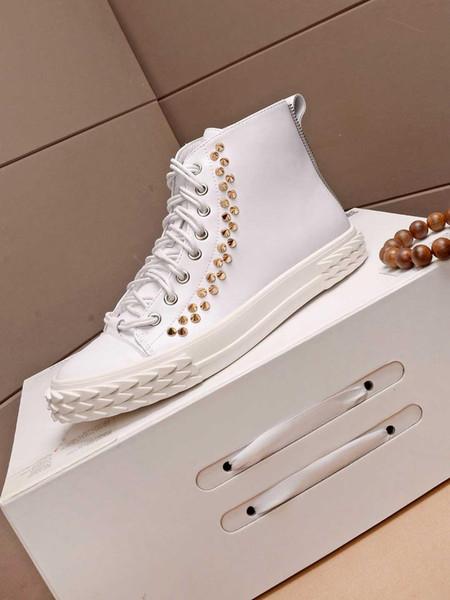 Meilleur design de luxe rivets mode hiver cuir blanc chaussures noires occasionnels étudiants d'usure classique des hommes de haute qualité chaussures haute 38-40 taille