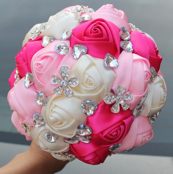 Pembe Krem Düğün Buketleri Saten Kurdele Tatlı 15 Quinceanera Buketleri Yapay Çiçekler Rhinestones Kristal Gelin Holding Çiçekler W249