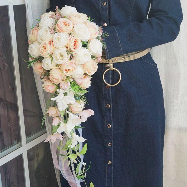 Wedding realistica bouquet sposa mano legata Fiore DecorationParty Forniture europea Chaise Longue Rose Wedding bouquet da sposa