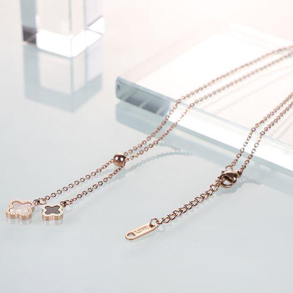 Adjustable size Korean fashion necklace female clavicle chain titanium steel creative four-leaf clover necklace pendant rose gold
