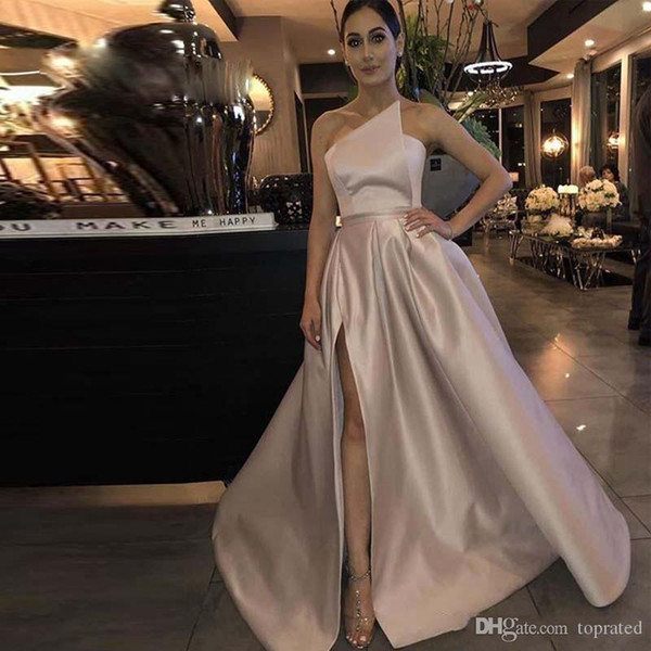 New Cheap A Line Side Split Prom Dresses Strapless Draped Skirt Evening Party Gowns with Pockets Sweep Train Satin Long Prom Gown