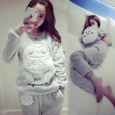 Pijama Nightgowns Mulheres Femme Lingeries Grosso Mulheres flanela poliéster Quente Feminino Set Inverno manga comprida completa duas peças pijama animal
