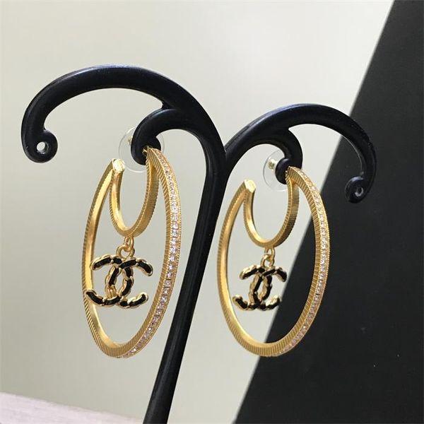 Stud earrings3
