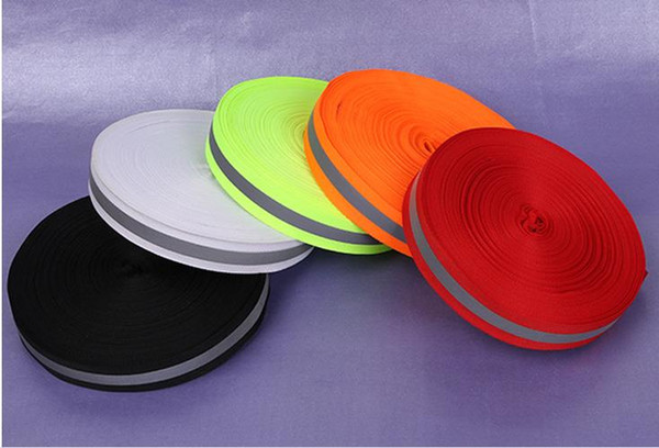 top popular 2.5CM Wide High Visibility Reflective Ribbon Apparel Sewing Notions Traffic Warning Strip Polyester Webbing 2021