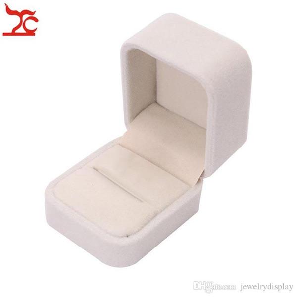 кольцо box