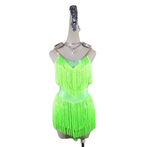 만 녹색 드레스