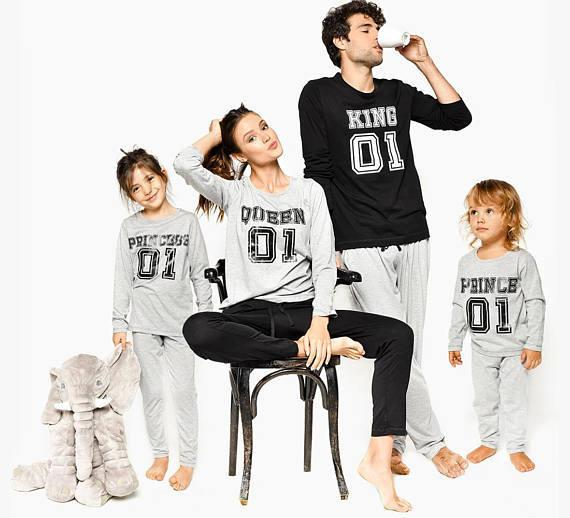 Family christmas pajamas 2019 Christmas family matching outfits King Queen Printed Merry Christmas Long sleeve Family Look 1 Sets