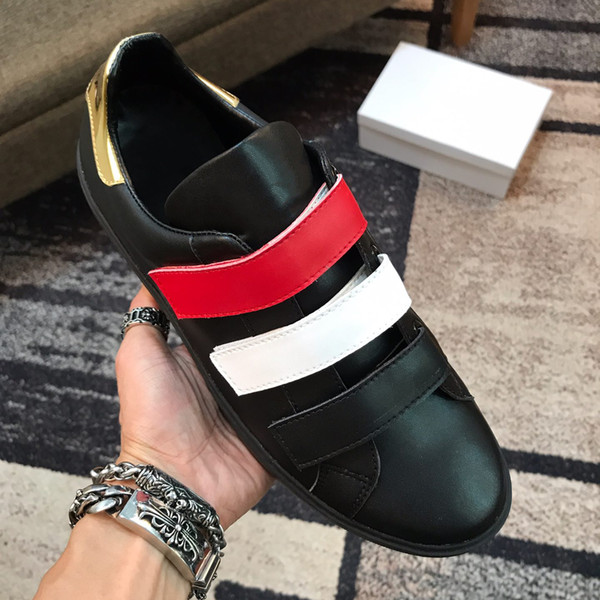 2019 Designer Schuhe Männer Luxus Mode Turnschuhe Casual Sommer Street Dress Marke Top-Qualität Lederschuhe Schwarz Weiß 40-44 Größe 9961CE