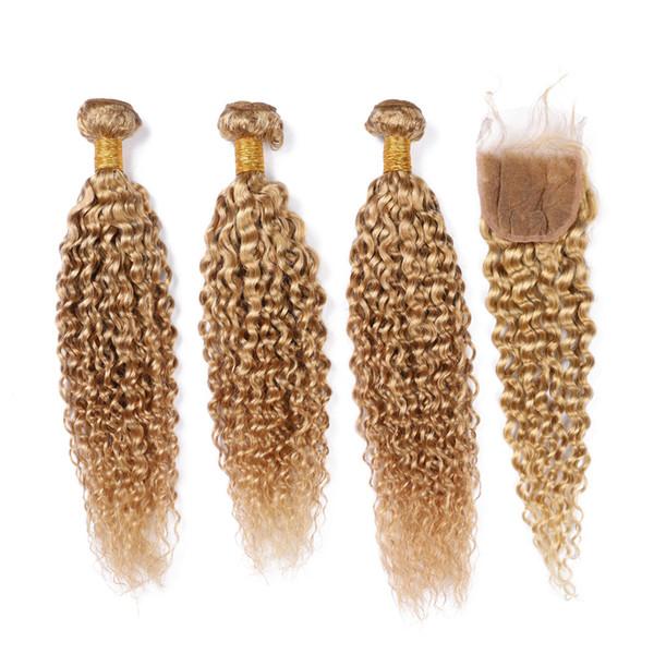 Strawberry Blonde riccio crespo peruviani fasci di capelli con chiusura # 27 Blonde di miele Kinkys ricci dei capelli umani tesse con chiusura del merletto 4x4