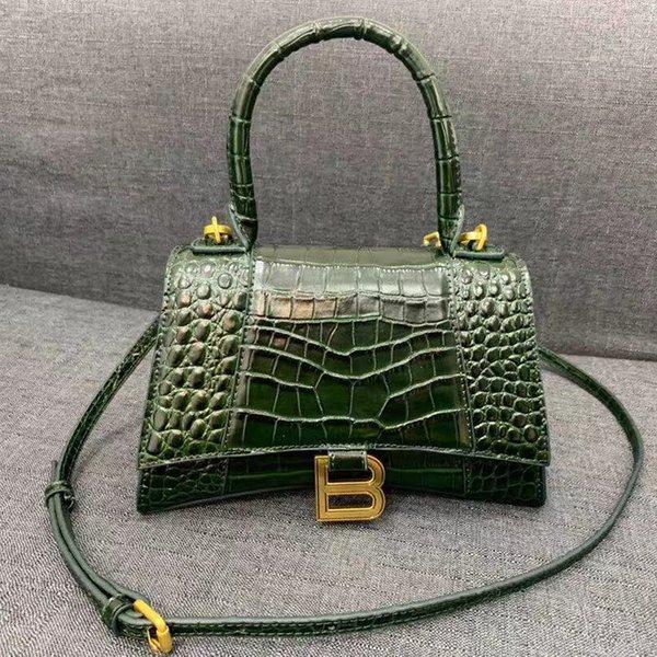 Alligator Grün