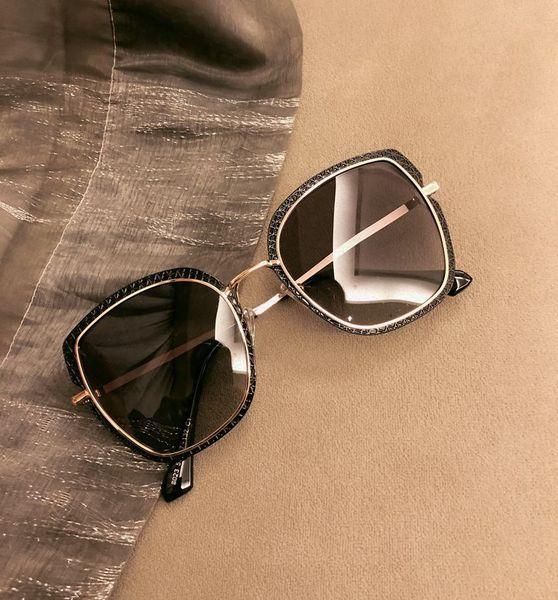 2009 New Sunglasses Womens Sunglasses Korean Chaos ins Tremble Net Red Wholesale Retro Fashion Polarizing Glasses