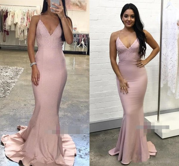 2019 Blush Pink Evening Dresses V-Neck Sleeveless Lace Applique Lace-up Sexy Back Sheath Special Occasion Dresses